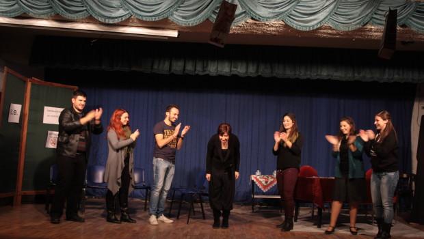 Θεατρική παράσταση «Μια ευκαιρία ακόμη…»