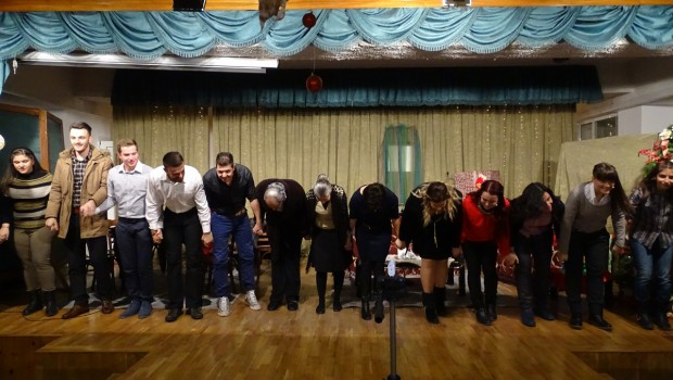 Θεατρική Παράσταση: «Τα Χριστούγεννα που περιμένουμε…»