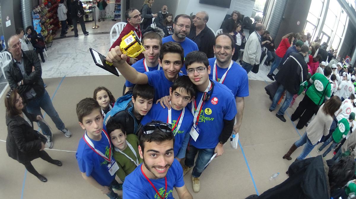 H KATAKOMBH-TECH κέρδισε βραβείο προγραμματισμού στο 3ο Πανελλήνιο Πρωτάθλημα Ρομποτικής