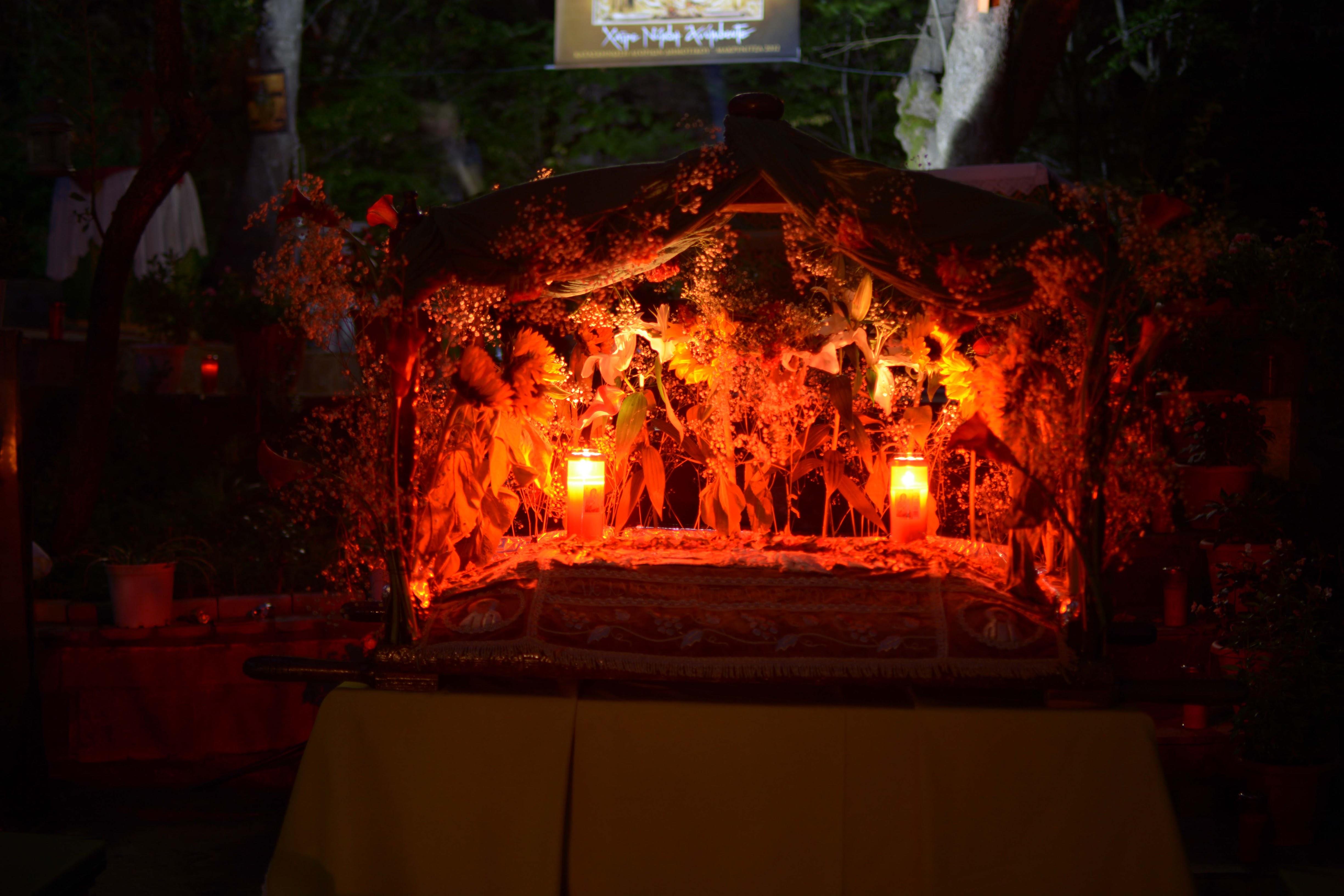 Επιτάφιος της Παναγίας στο «Ευλογημένο Καταφύγιο – «Άξιον Εστί»