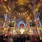Ο Σεβασμιώτατος τιμά τους συνεργάτες της Ενορίας Αγ. Αθανασίου και Ευαγγελισμού Ευόσμου