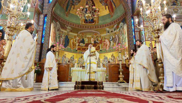 Ο Σεβ. Μητροπολίτης Βαρνάβας στη Θεία Λειτουργία της Πεντηκοστής στον Ι. Ν. Ευαγγελισμού
