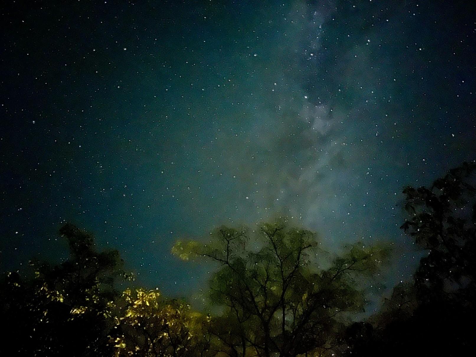 Κατασκήνωση με αστέρια… και στον Ουρανό και στη Γη